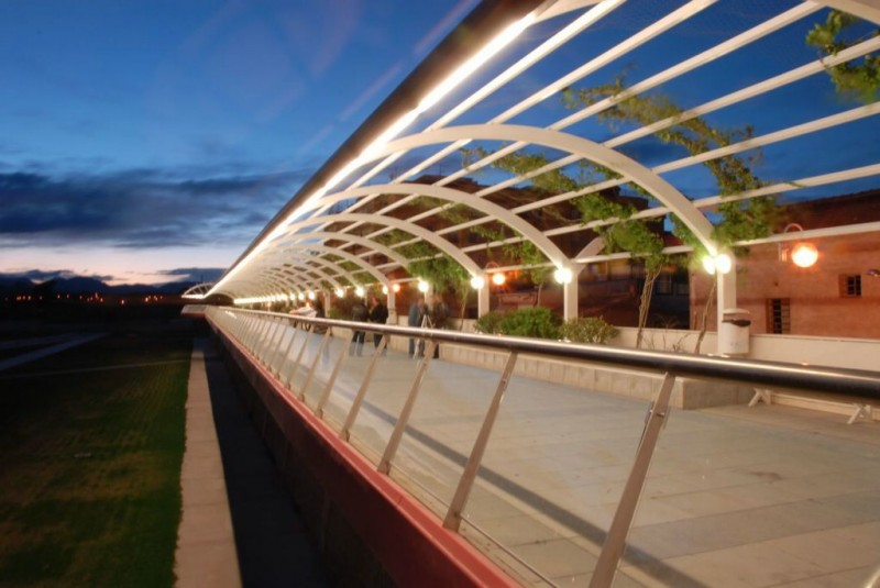 The Pasarela Manterola pedestrian bridge in Lorca