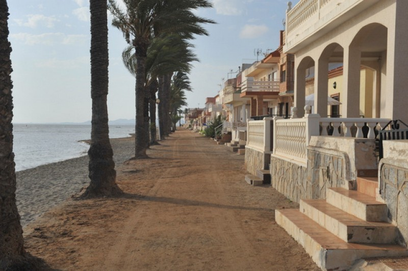<span style='color:#780948'>ARCHIVED</span> - More seafront promenade promises in Los Urrutias and Los Nietos