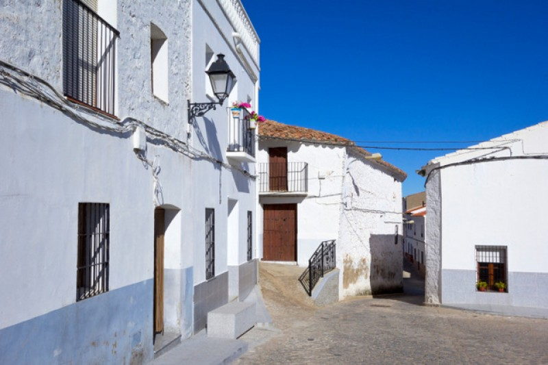<span style='color:#780948'>ARCHIVED</span> - Notaries report 23.5 per cent third-quarter rise in Murcia property sales