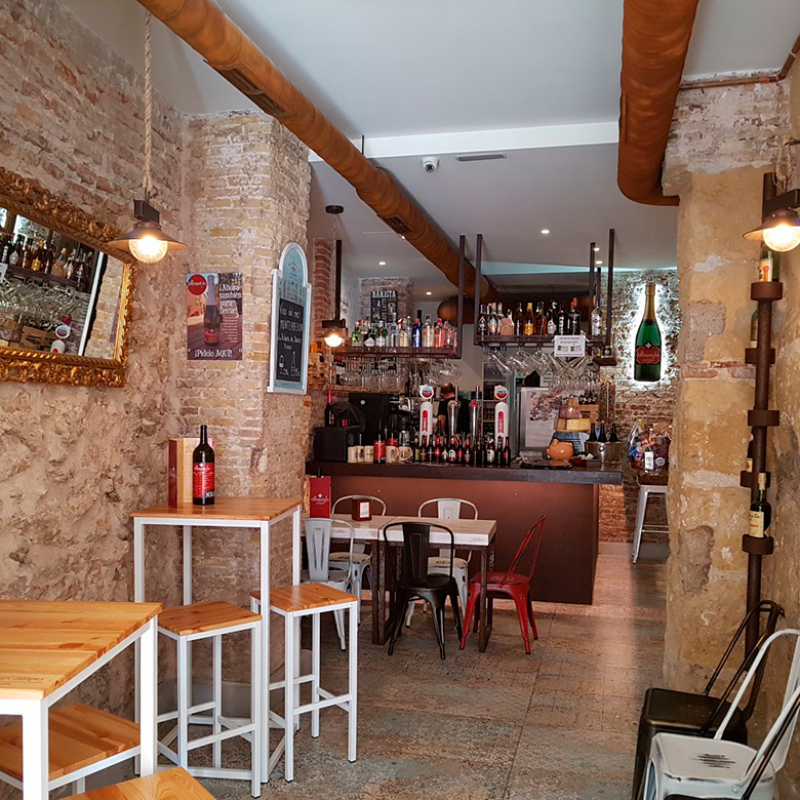 El Champanico Bistro tasty snacks and group lunches in the historic centre of Cartagena