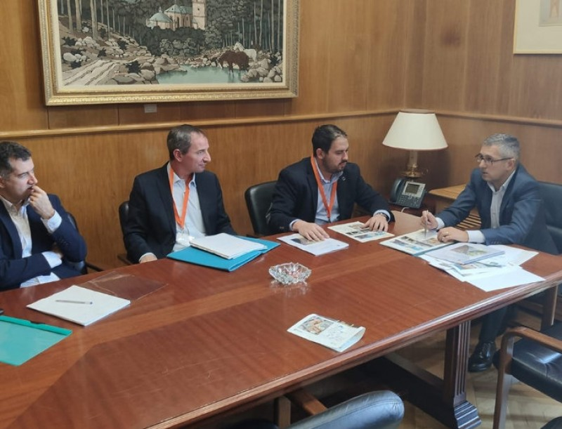 <span style='color:#780948'>ARCHIVED</span> - Los Alcázares Mayor presents flood prevention project in Madrid