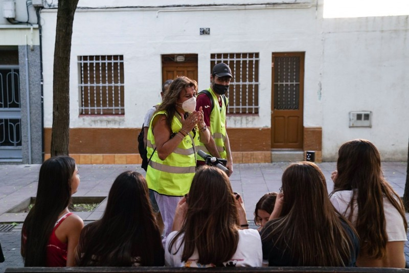 <span style='color:#780948'>ARCHIVED</span> - Barcelona using Civic officers and door to door PCR testing to fight Covid