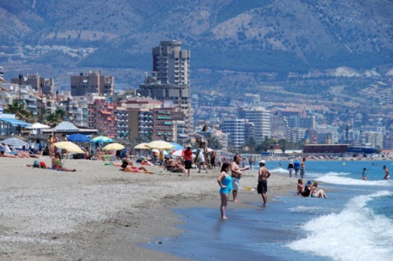 <span style='color:#780948'>ARCHIVED</span> - Spanish tourism prepares to welcome back the British as England lifts travel restrictions